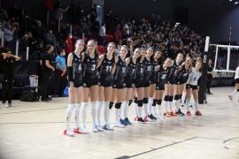 Kadın Voleybol Takımı - İstanbul Bş. Bld.: 1-3