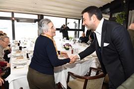 Sevgililer Beşiktaş'ta aşklarını tazeledi