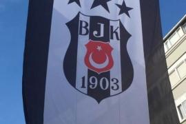 Türkiye'nin dört bir yanında Beşiktaş Bayrakları