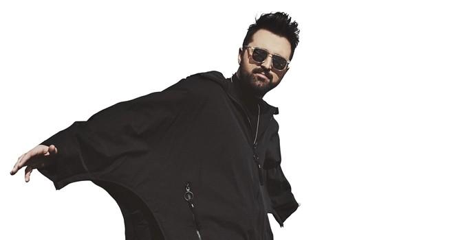 Ünlü Türk DJ'e Amerikalı vokal