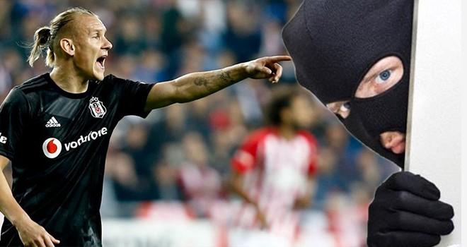Futbolcular operasyon yaptı!.. Tesislerde hırsızlık iddiası!..