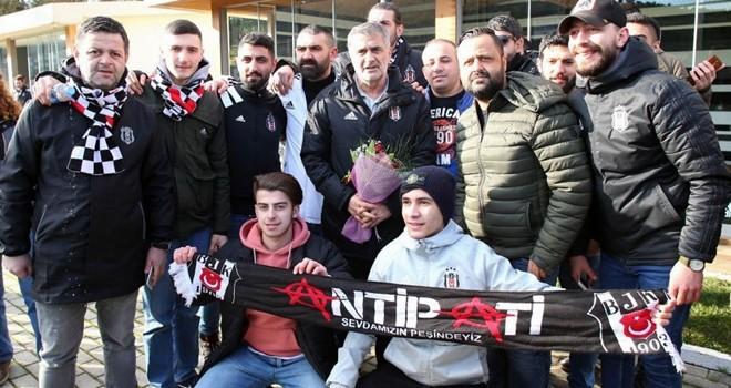 Taraftarlardan Beşiktaş'a destek