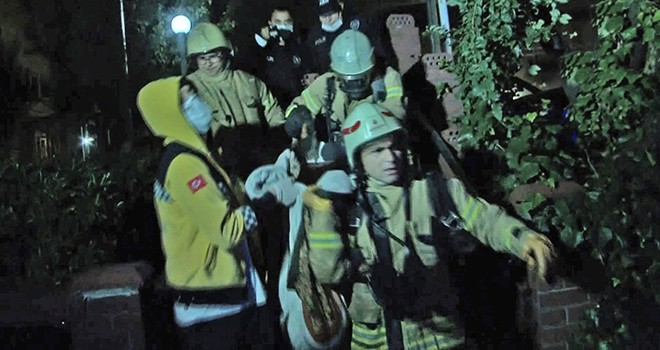 Nispetiye Caddesi'nde gece yangın paniği