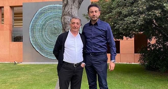 Başkan Akpolat şampiyon Beşiktaş'ı İzmir'de yalnız bırakmadı