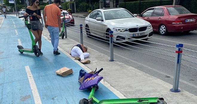 Bebek'te elektrikli scooter süren iki kadın çarpıştı