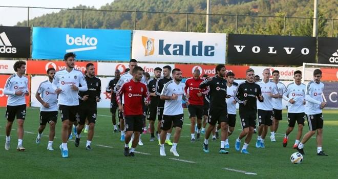Beşiktaş, Wolverhampton maçına hazırlanıyor