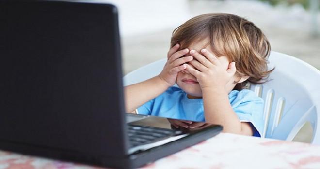 İnternette çocukların güvenliği için nelere dikkat etmeli? Hangi yaşta neye izin verilmeli?