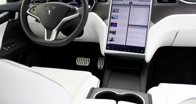 Tesla kullanıcılarının gizlilikleri büyük risk altında!