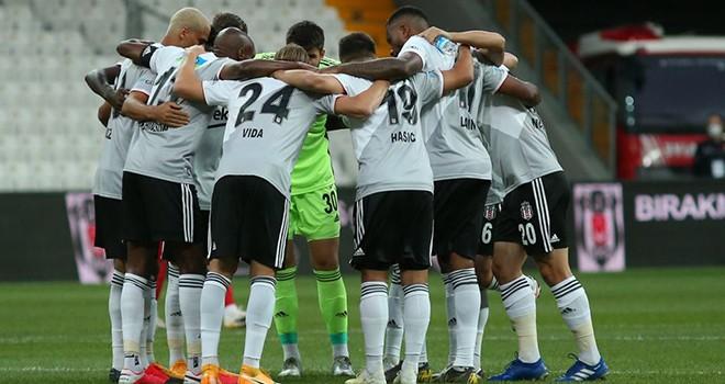 Beşiktaşlı futbolculara milli davet