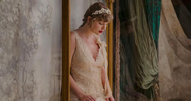 Taylor Swift'in dokuzuncu stüdyo albümü evermore