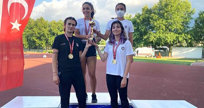 Beşiktaş U-16 Atletizm Takımı'nda şampiyonluk sevinci