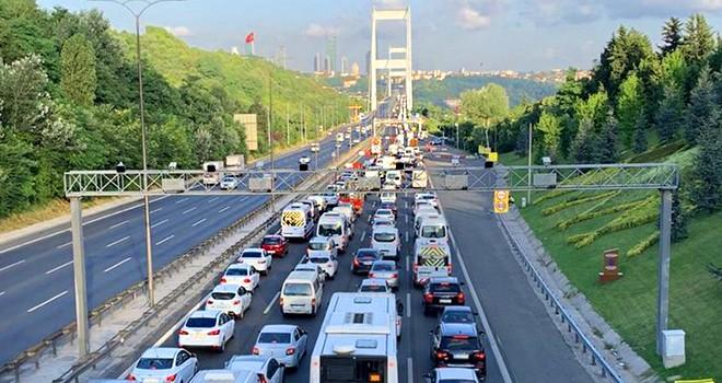 İstanbul'da kontrollü normalleşme trafiğe yansıdı