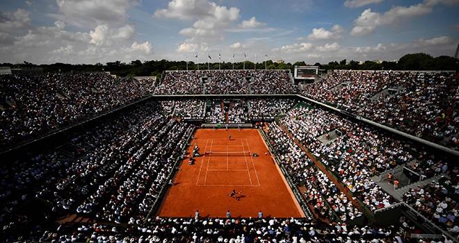 Fransa turnuvalar seyircisiz oynansın dedi