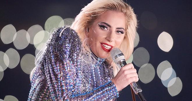 MTV Video Müzik Ödülleri'nde sahne Lady Gaga'nın