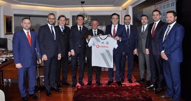 Ahmet Nur Çebi'den Türk Hava Yolları Yönetim Kurulu Başkanı M. İlker Aycı'ya ziyaret