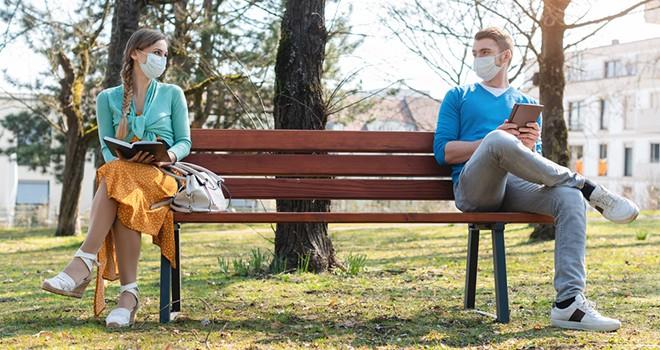 Pandemide öksürenin yalnızlığı