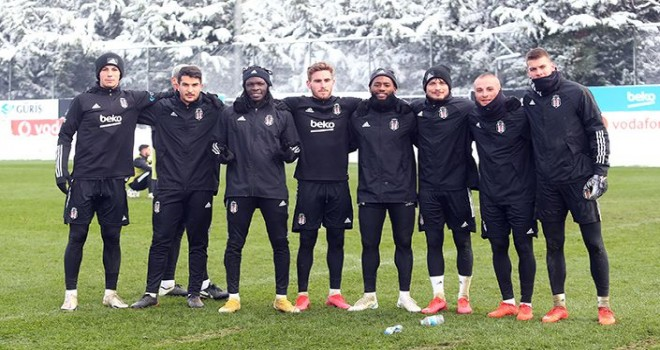 Kara Kartal, Fatih Karagümrük maçına hazırlanıyor