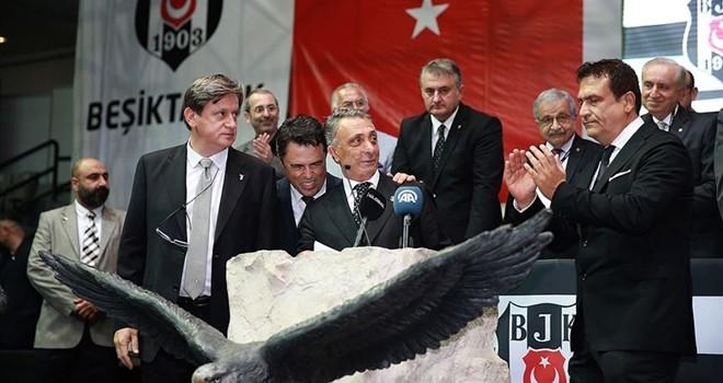 Beşiktaş, Başkan Çebi'yi KAP'a bildirdi