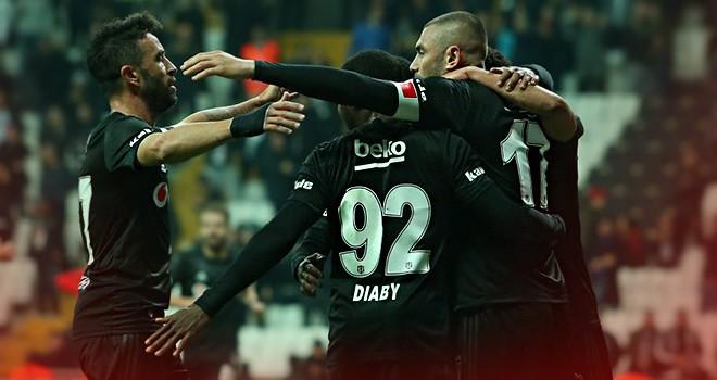 Beşiktaş - Fenerbahçe arasında dev derbi
