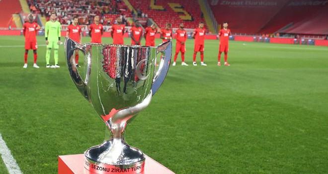 TFF Süper Kupa finalinde Beşiktaş'ın rakibi hangi takım olacak?