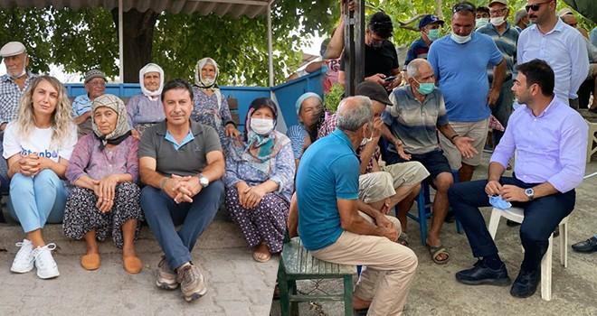 Yangından etkilenen vatandaşlarla bir araya geldiler