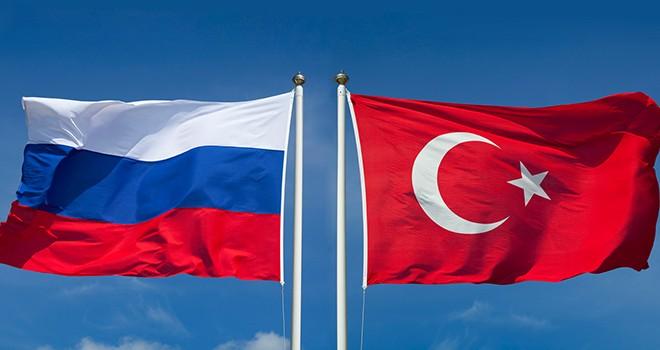 Türk ve Rus askeri heyetleri masaya oturuyor