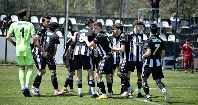 Beşiktaş U-19 takımı galip geldi