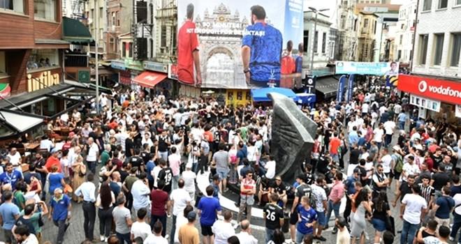 Süper Kupa'nın kazananı Beşiktaş esnafı