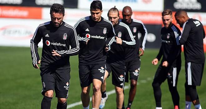Beşiktaş'ta Galatasaray maçı hazırlıkları sürüyor