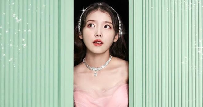 IU, Celebrity ile müzik listelerini sarstı