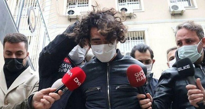 Beşiktaş'ta turistleri bıçaklayan kağıt toplayıcısına 45 yıla kadar hapis istemi