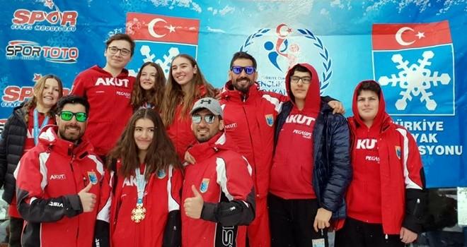 AKUT Sporcuları'na 16 madalya