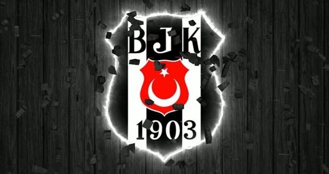 Beşiktaş'ta neler oluyor? Eski yıldız transfer için İstanbul'da!