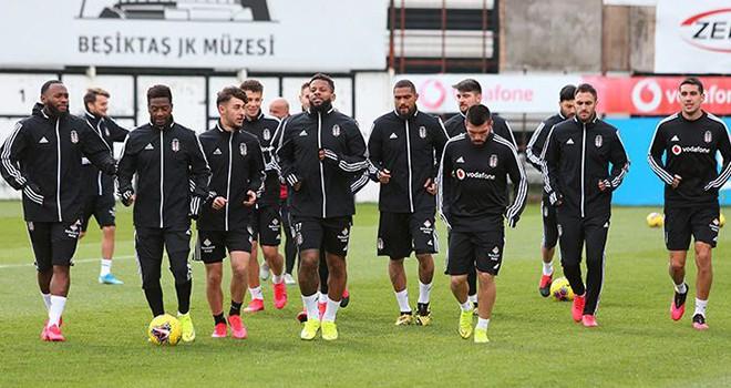 Beşiktaş, Antalyaspor maçına hazırlanıyor