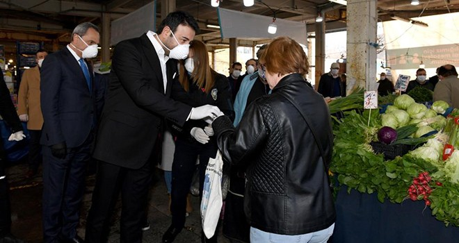 Başkan Rıza Akpolat Cumartesi Pazarı'nda denetime çıktı!