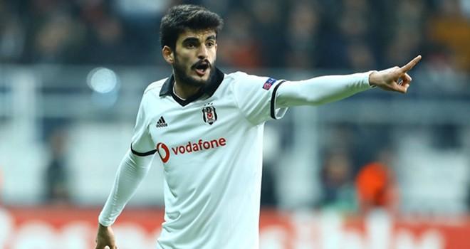 Beşiktaş ile Fatih Aksoy'un yolları ayrıldı