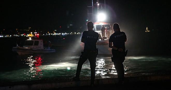 Beşiktaş'ta denize giren 2 kişiden biri boğuldu