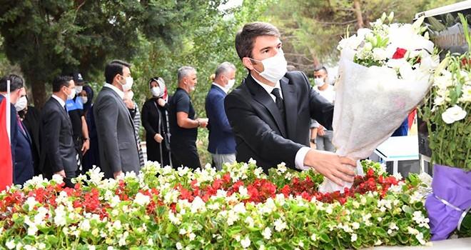 Önder Bakan: Bağımsızlığımıza uzanan eller kırılmaya mahkumdur