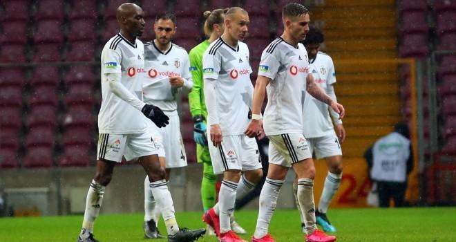 Beşiktaş ve Galatasaray golsüz berabere kaldı