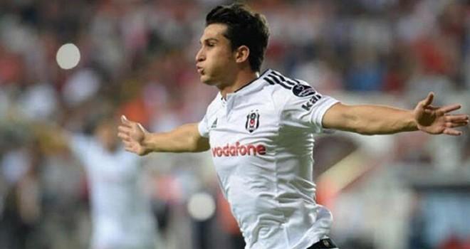 Beşiktaş için feda dedi! Necip Uysal alacağından vazgeçti maaşını yarı yarıya indirdi