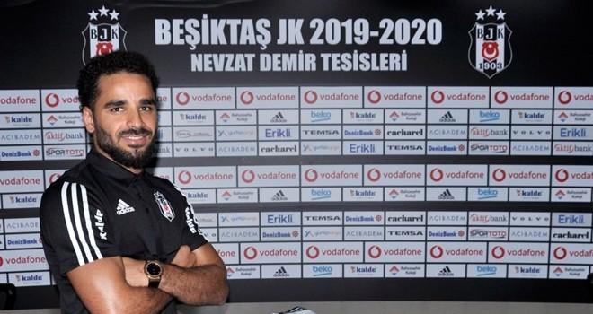 Beşiktaş yeni transferini açıkladı
