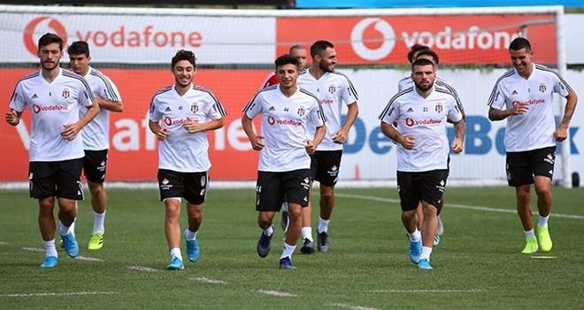 Beşiktaş maça hazırlanıyor