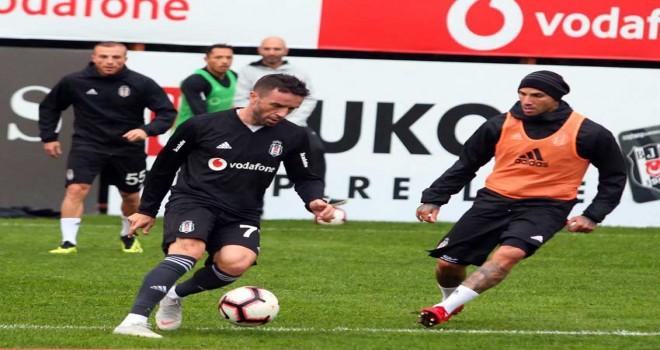 Kara Kartal, Göztepe'ye hazırlanıyor