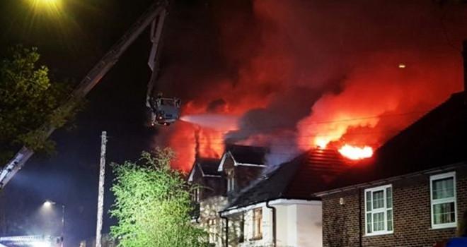 Bakım evinde yangın