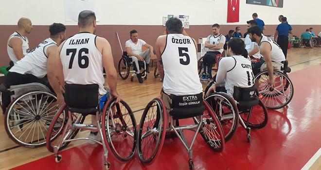 Beşiktaş Tekerlekli Sandalye Basketbol Takımı'nda galibiyet sevinci