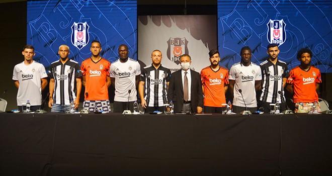 Yeni transferlerin basın toplantısı düzenlendi