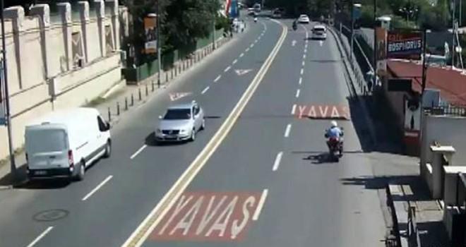 Beşiktaş'ta otobüsün çarptığı motosiklet kazası kamerada