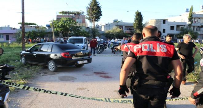 Dur ihtarına uymayan otomobil sürücüsüne polis kurşunu