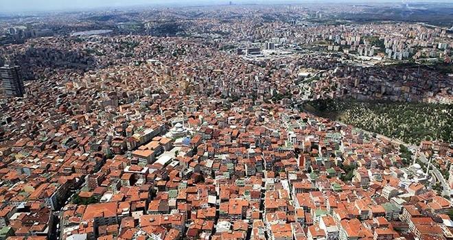 İstanbul'da toplanma alanları, AVM ve mezarlıklar, başka yer yok!