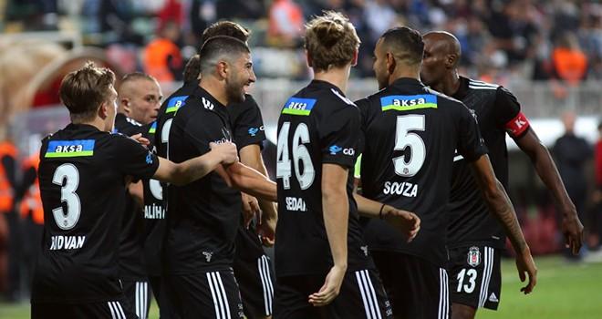 Beşiktaş'ta 10 oyuncuya milli davet!